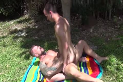 hawt Hung daddy bones twink raw