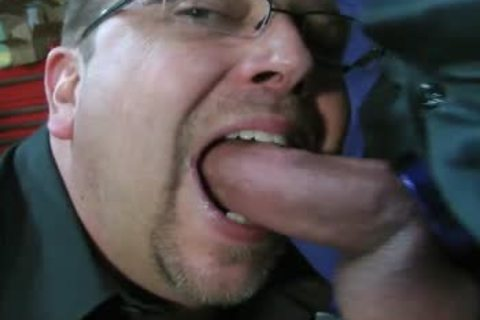 TEN MINUTES OF IN-YOUR-FACE, gigantic, SLOPPY, SLIPPERY, cock-SLURPIN' ALL-MALE fellatio ACTION WITH ROB BROWN.  I'M totally LOVIN' THAT gigantic VEINY PIECE OF penis!